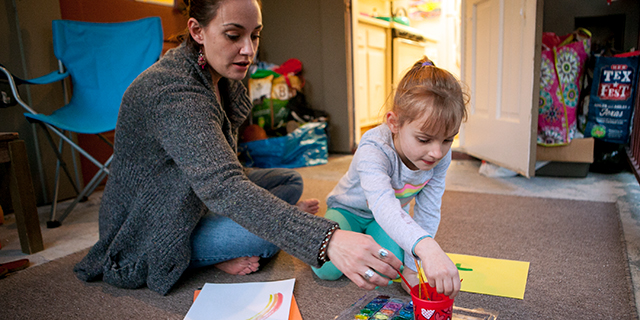 Erin Meredith of Austin, Texas, a single mother of two, paints with her daughter. The share of U.S. children living with an unmarried parent has more than doubled since 1968. (Ilana Panich-Linsman for The Washington Post via Getty Images)
