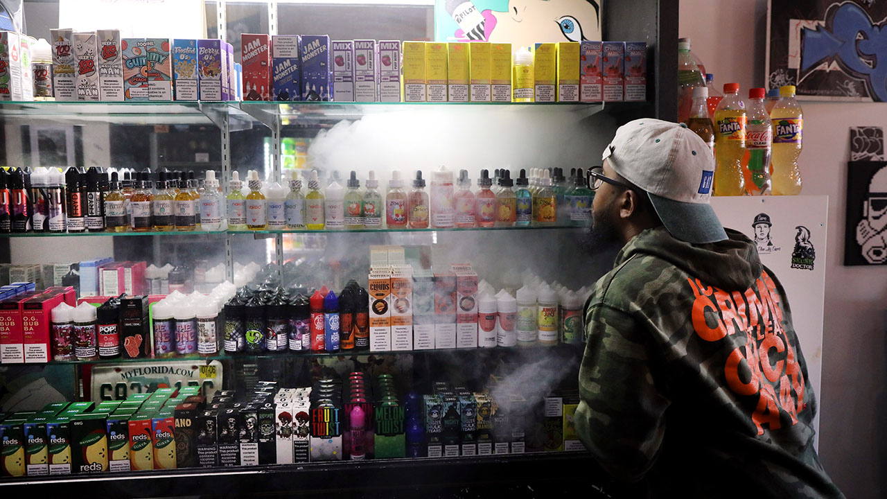 Before recent outbreak, vaping was on the rise in U.S., especially among young people - Pew Research Center