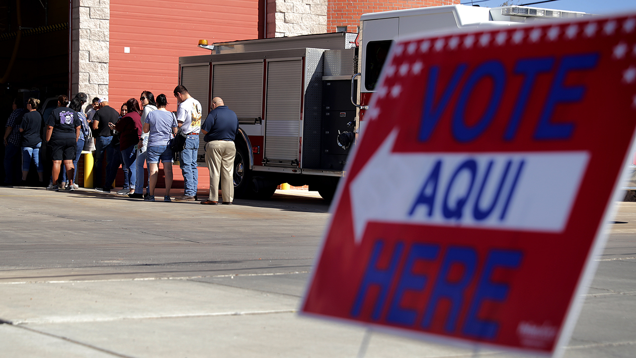 Voters line up outside a polling place in El Paso, Texas, in 2018. (Chip Somodevilla/Getty Images)